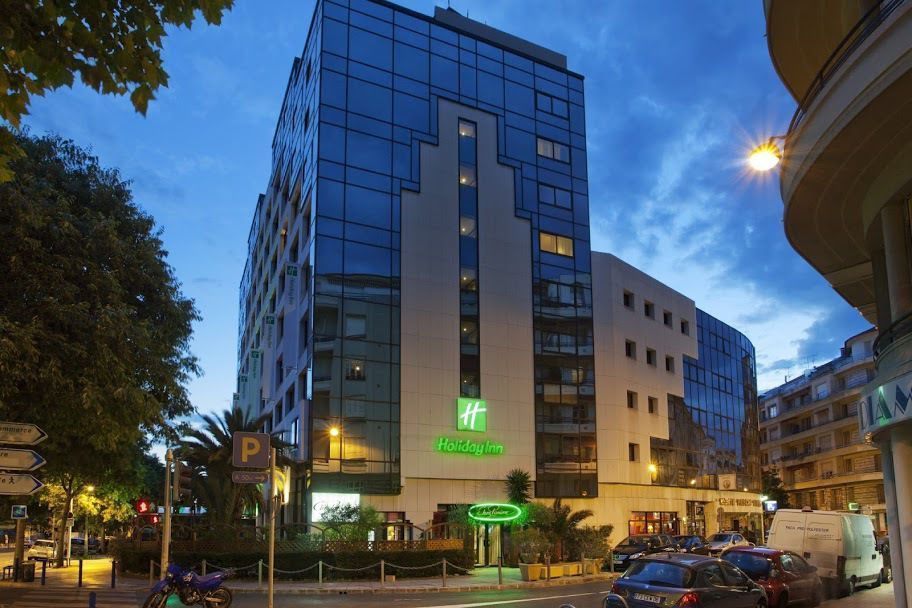 l 39 h tel holiday inn nice 4 toiles enti rement r nov